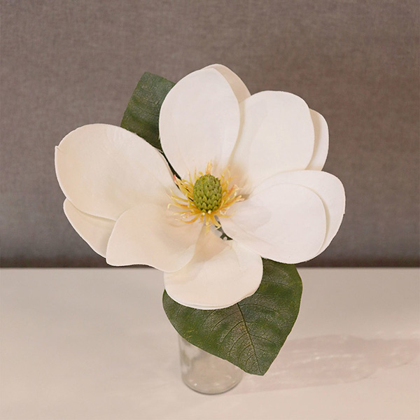 Christmas-on-Main-White-Magnolia-Pick