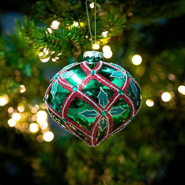 christmas-on-main-green