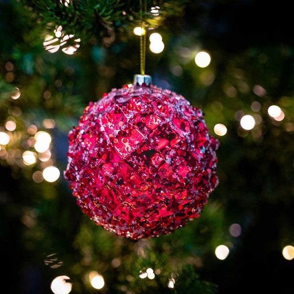 christmas-on-main-pink