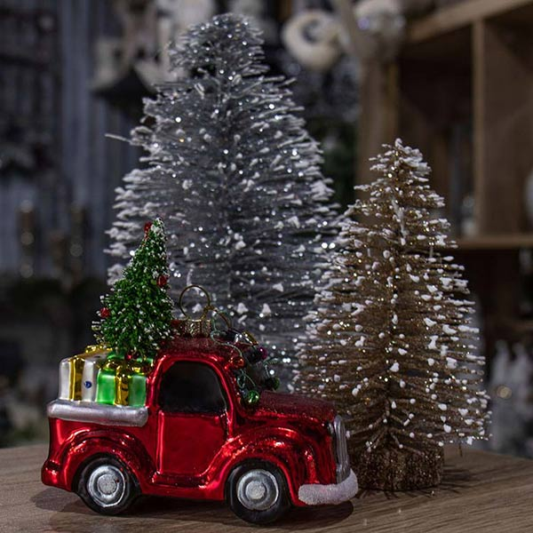 christmas-on-main-trees