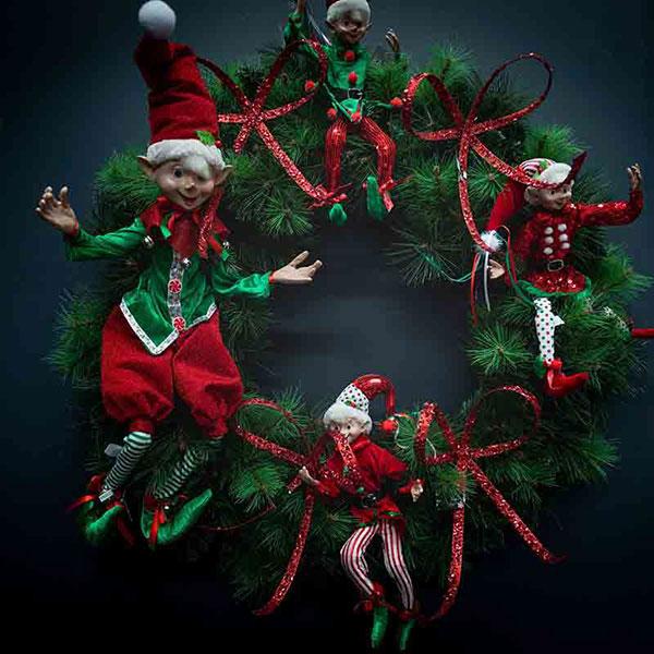 christmas-on-main-wreaths
